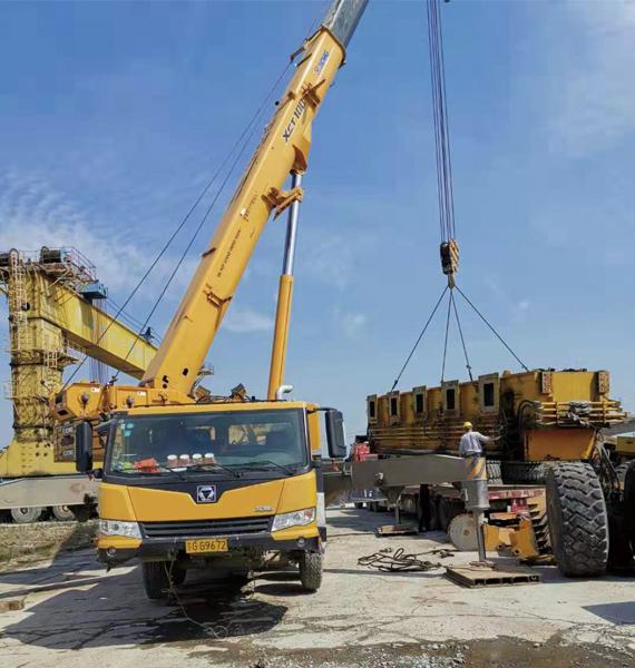 昆山巴城200吨吊车租赁
